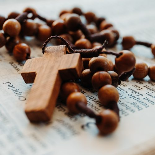 How using Anglican Prayer Beads can Enrich your Prayer Life